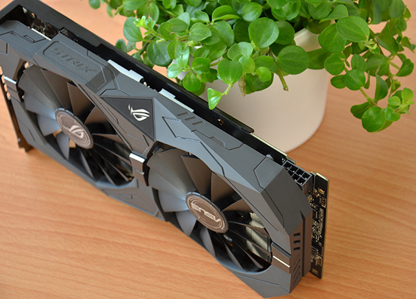 https://www.techtesters.eu/pic/ASUSRX580RX570/410-2.jpg