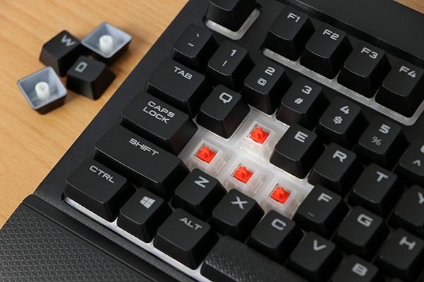 https://www.techtesters.eu/pic/CORSAIRK68RGB/330.jpg