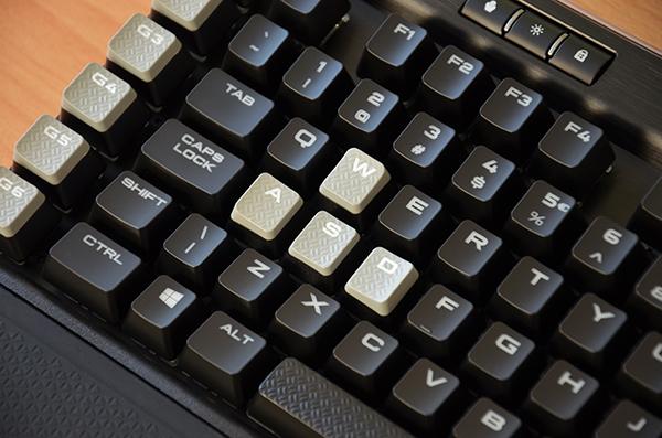 https://www.techtesters.eu/pic/CORSAIRK95RGBPLATINUM/438.jpg