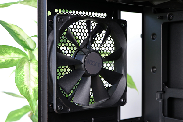 https://www.techtesters.eu/pic/NZXTH200I/403.jpg