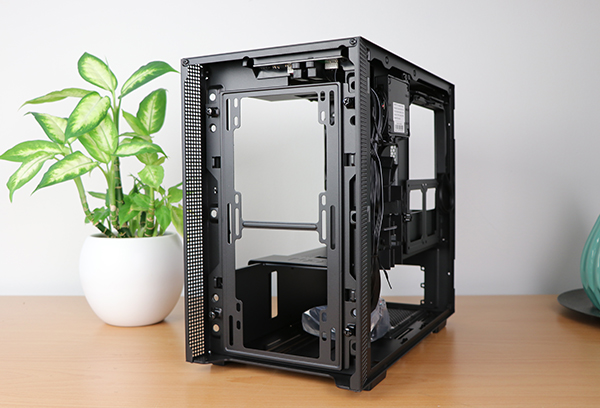 https://www.techtesters.eu/pic/NZXTH200I/413.jpg