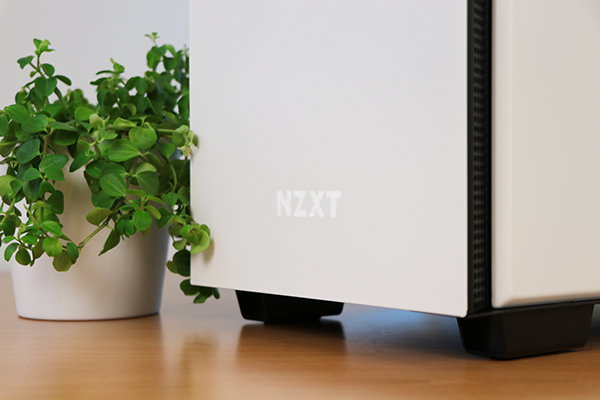 https://www.techtesters.eu/pic/NZXTH700i/310.jpg