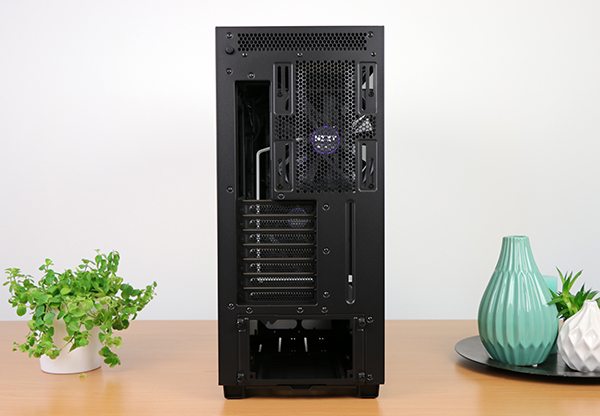 https://www.techtesters.eu/pic/NZXTH700i/311.jpg