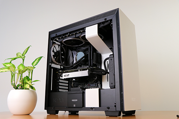 https://www.techtesters.eu/pic/NZXTH700i/601.jpg