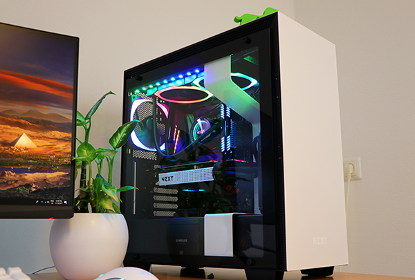 https://www.techtesters.eu/pic/NZXTH700i/712.jpg