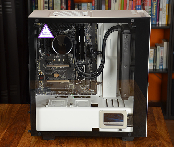 https://www.techtesters.eu/pic/NZXTS340ELITE/504.jpg