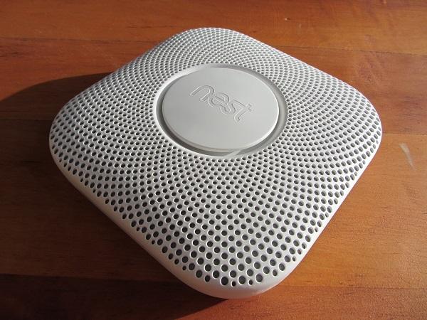 https://www.techtesters.eu/pic/Nest-Protect-V2/IMG_7805.JPG
