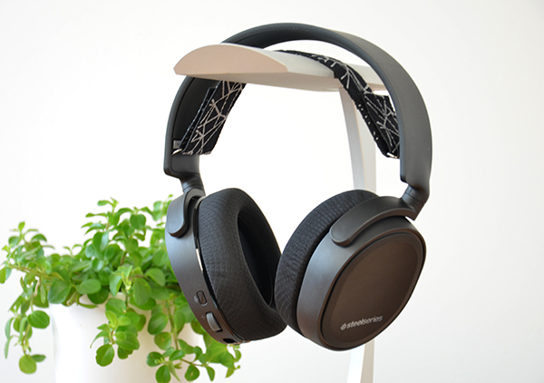 https://www.techtesters.eu/pic/STEELSERIESARCTIS5/320.jpg