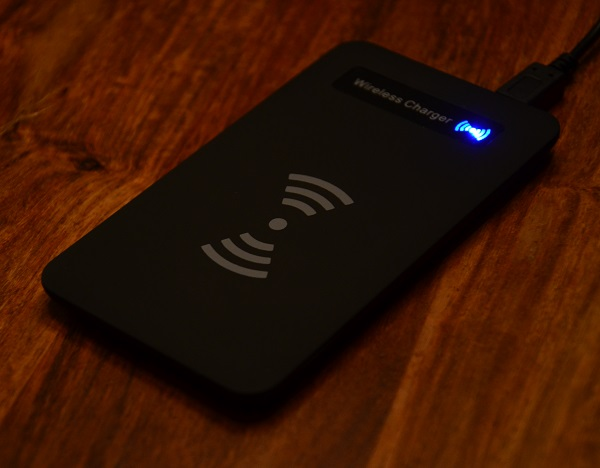 https://www.techtesters.eu/pic/WirelessCharge/309.JPG